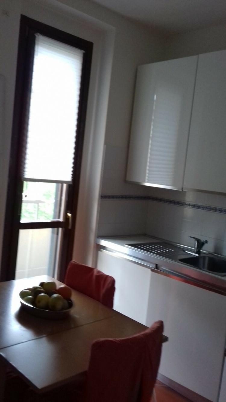 empoli-appartamento-5-vani-luminoso-cucina