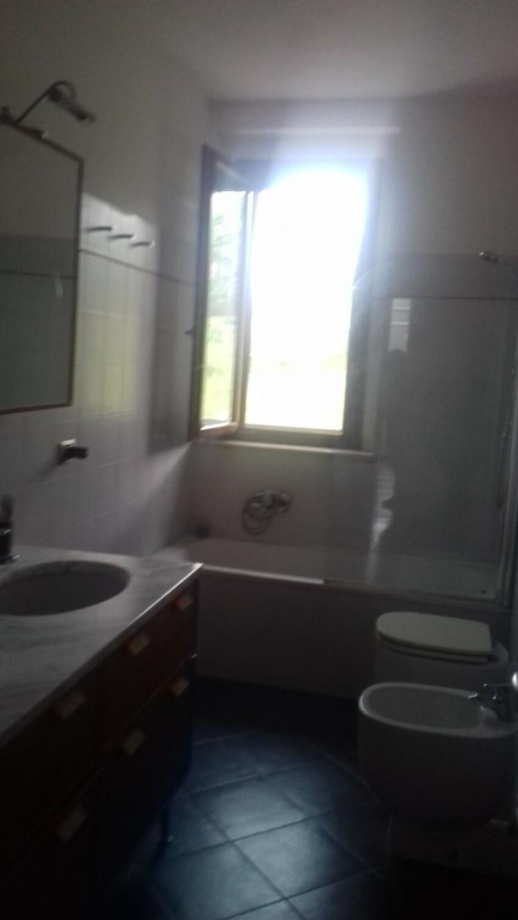 empoli-appartamento-5-vani-luminoso-bagno