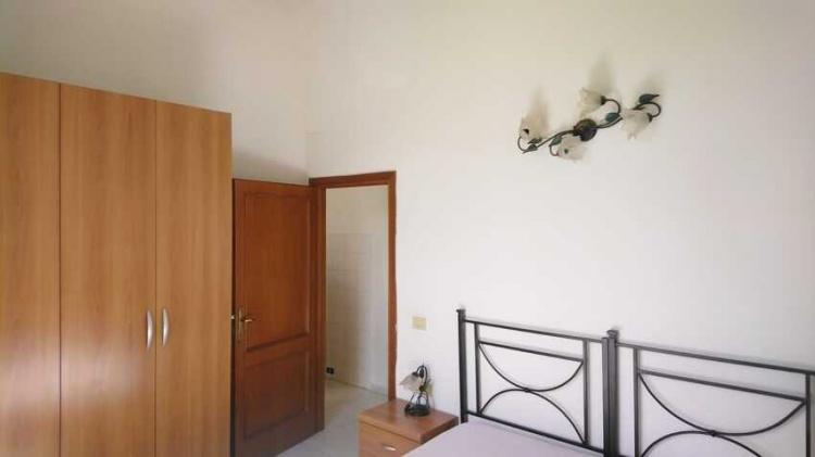 empoli-bilocale-appartamento-in-vendita-camera