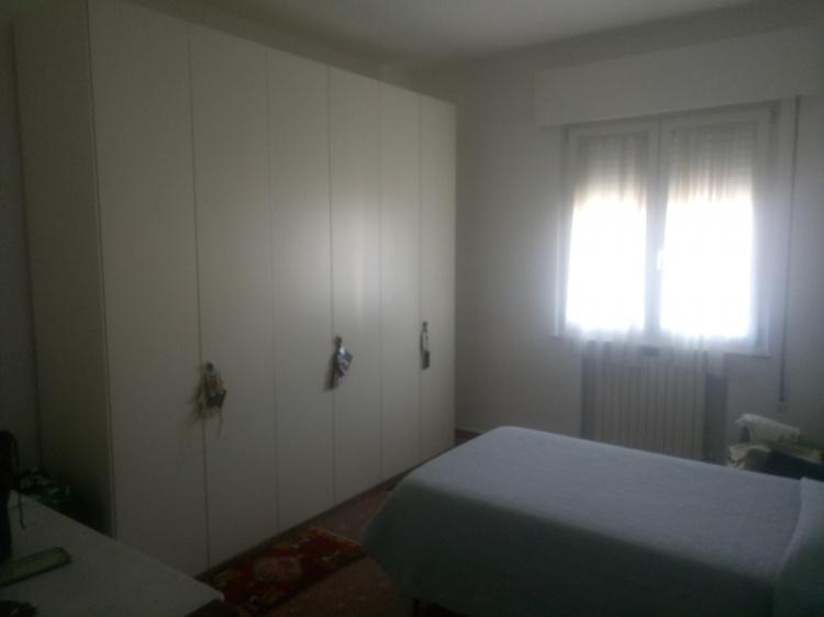 empoli-appartamento-5-vani-camera
