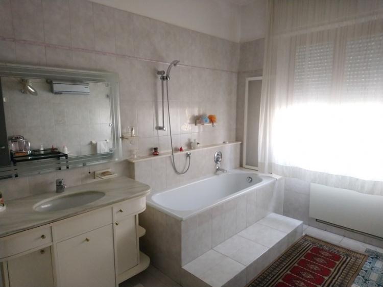 c142-empoli-bifamiliare-in-vendita-bagno-principale