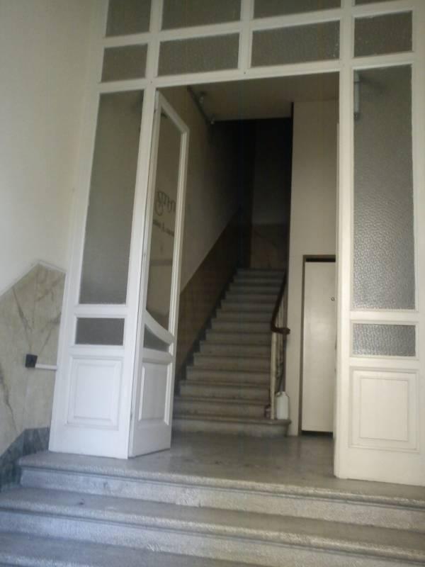 terratetto-scalinata-ingresso