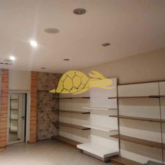 montelupo-fiorentino-vendita-di-fondo-ingresso