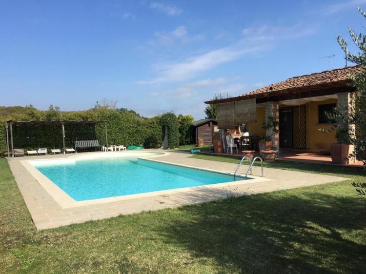m08-villa-in-vendita-ad-empoli-con-piscina